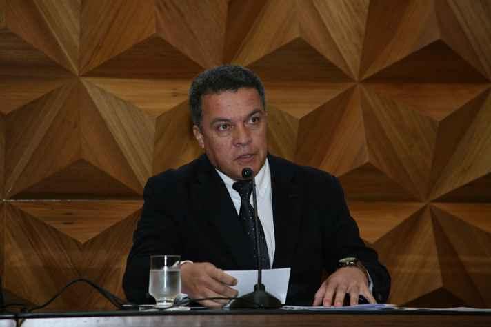 Jaime Ramírez: atuação relevante de pesquisadores da UFMG