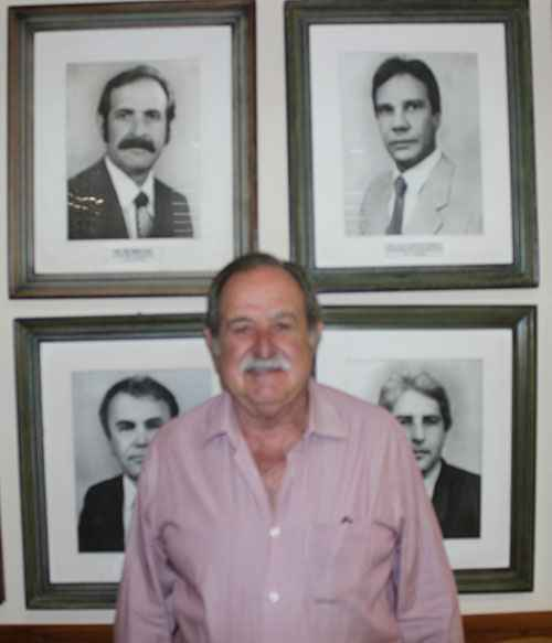 José Oswaldo Costa lecionou também no ICB