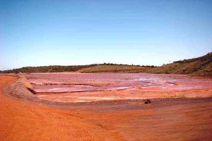 Barragem de rejeitos de mineração de ferro: estudos da UFMG propõem alternativas mais seguras e sustentáveis