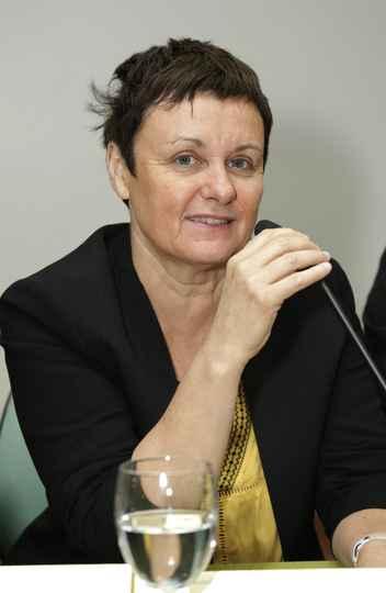 Sylvie Dequin integra a delegação francesa