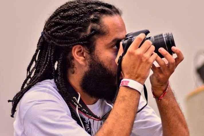 Pedro Borges: análise de reportagens da Folha e do portal Alma Preta