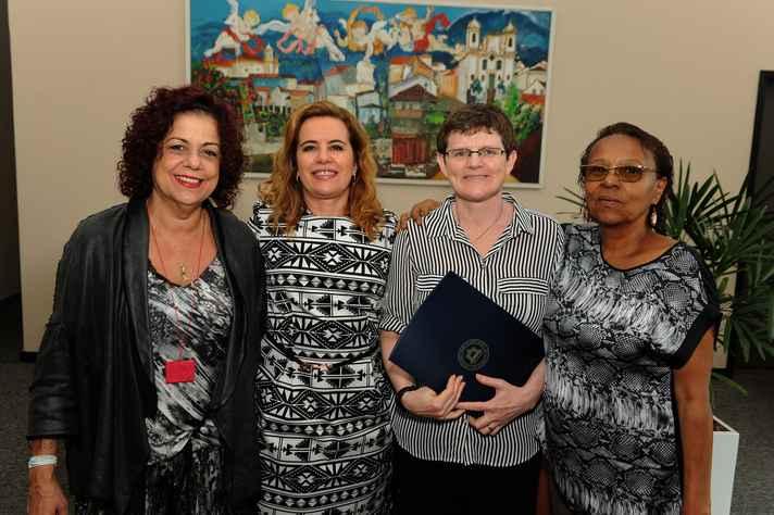 Termo foi assinado em reunião da qual participaram Lucia Castello Branco, Sandra Goulart Almeida, Elizabeth Dyvik e a diretora de Ação Cultural, Leda Martins