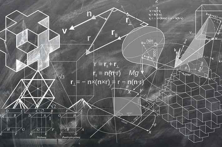 É constatada a pequena participação das mulheres na carreira de pesquisa em Matemática