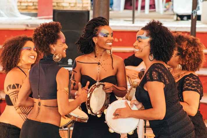 Coletivo de Negras Autoras em apresentação na UFMG, em 2015