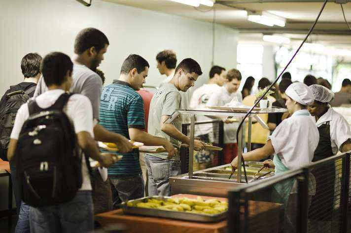 RU Setorial I, o do campus Saúde e o do ICA servirão apenas almoço, das 11h às 14h, exceto aos sábados