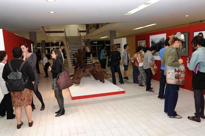 Mostra reúne 32 obras do acervo artístico da UFMG