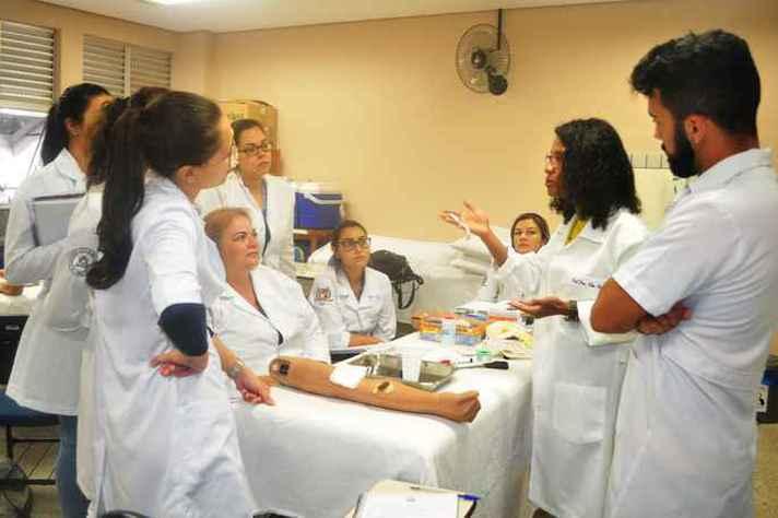 Laboratório de Práticas de Enfermagem foi contemplado com recursos da chamada de 2018