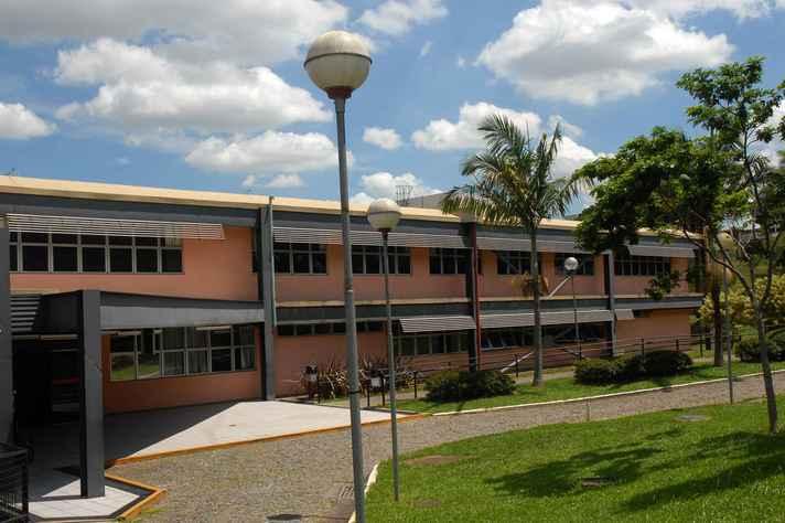 Faculdade de Odontologia receberá aulas de Revisão Sistemática