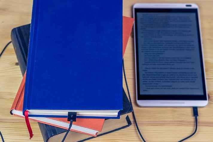Curso visa habilitar professores a usarem novas tecnologias em sala de aula.