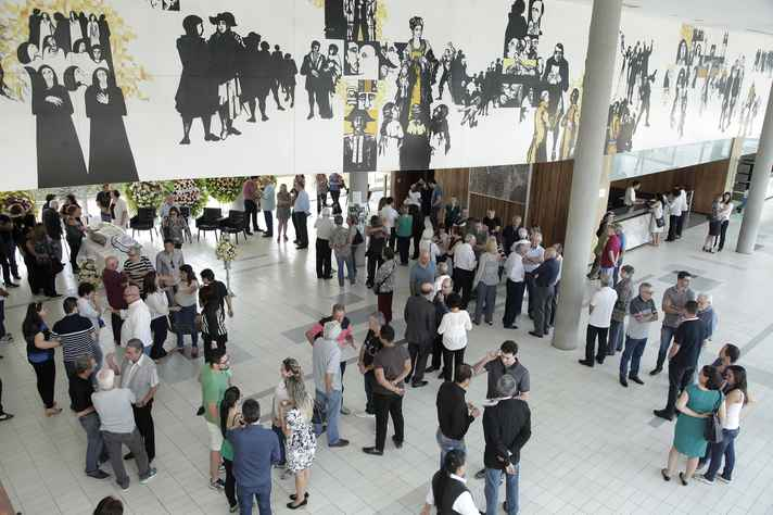 Velório reuniu familiares, amigos e integrantes da comunidade universitária