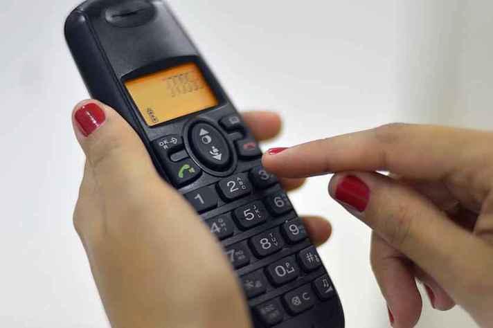 População vai poder tirar dúvidas por telefone e também pela internet