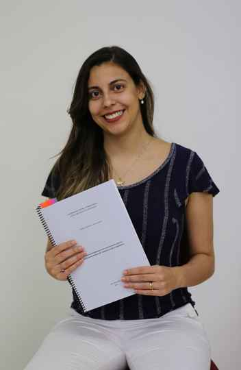 A pesquisadora Isabela Bauer