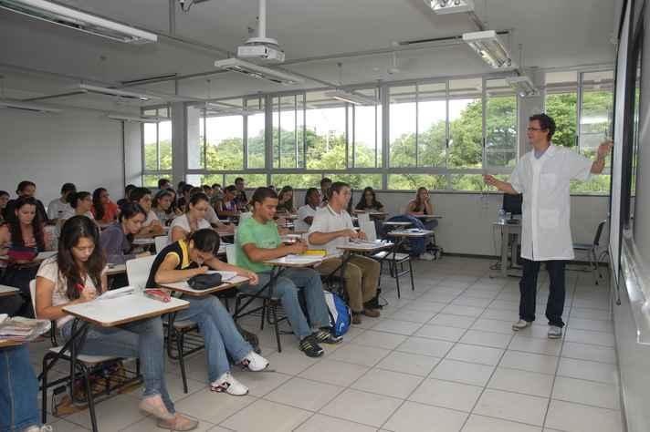Estudantes em aula no CAD1: prova do Enade será realizada em 20 de novembro