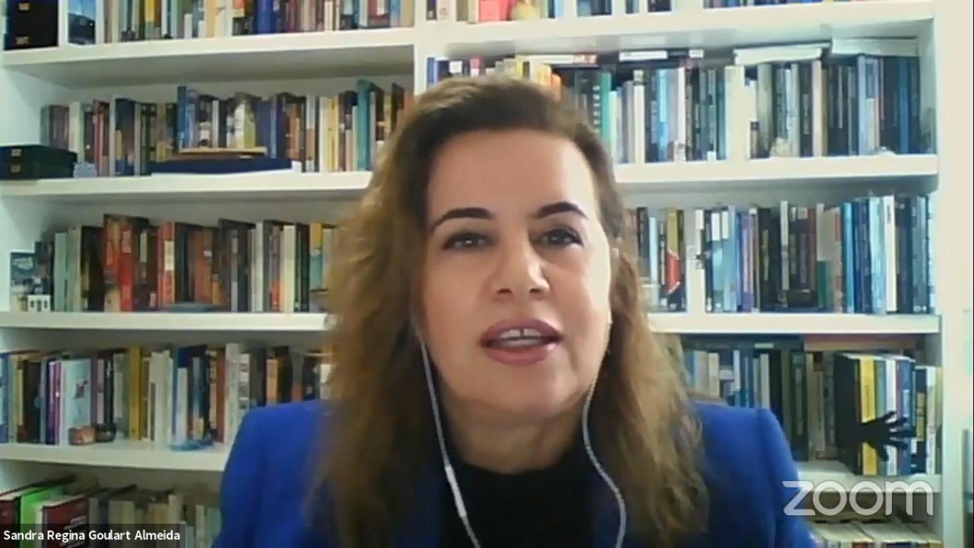 Sandra Goulart Almeida em recente on-line durante a pandemia: