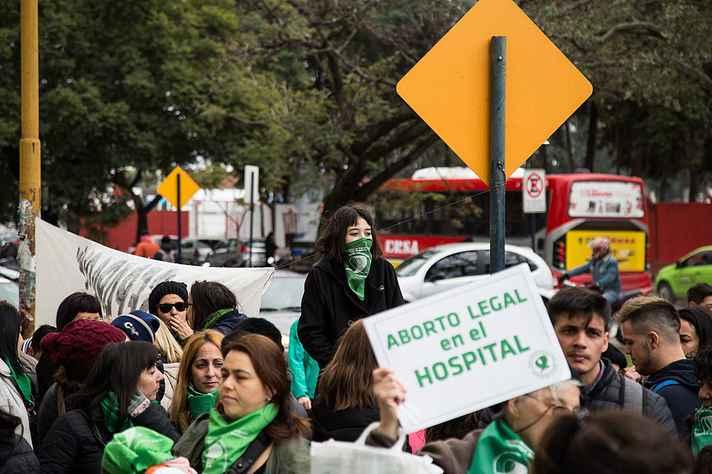 Manifestação na Argentina em favor do aborto legal