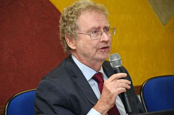 Davidovich: recursos do fundo estão sendo utilizados para pagamento da dívida pública