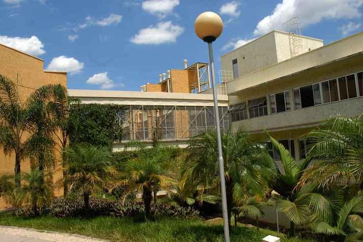 Faculdade de Farmácia, no campus Pampulha, sedia as atividades entre os dias 25 e 28 de novembro