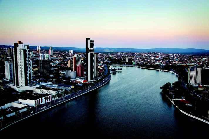 Campina Grande (PB), uma das cidades médias identificadas na pesquisa