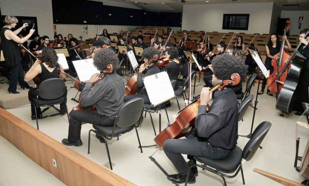 Orquestra no Concerto VivaMúsica de 2019