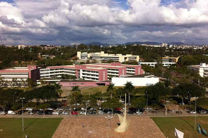 Vista aérea parcial do campus Pampulha