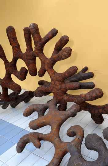 escultura de Leandro Gabriel, de 2016