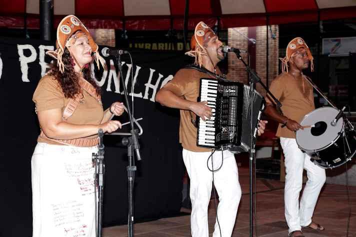 Trio Petronilho trouxe a musicalidade nordestina para o Domingo no Campus