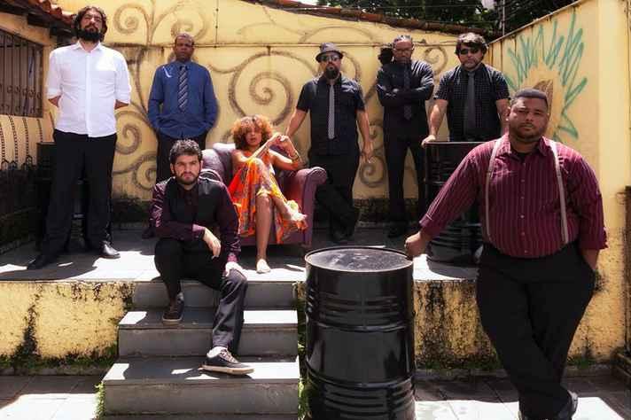 Banda Cromossomo Africano é uma das atrações do ViJazz and Blues Festival nesta quinta-feira, 9.