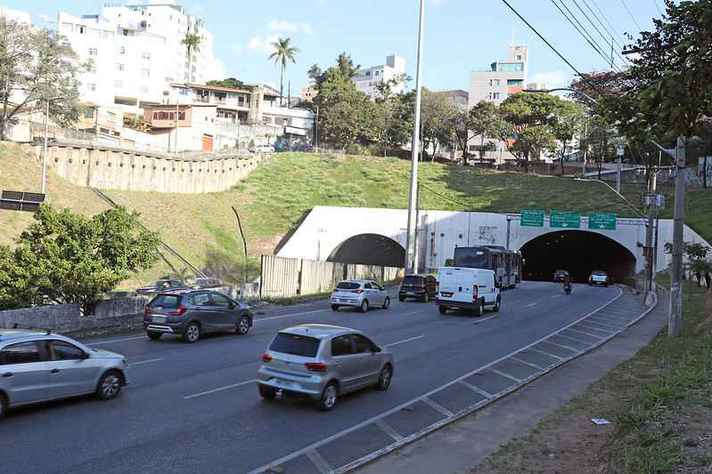 Tráfego no Túnel da Lagoinha