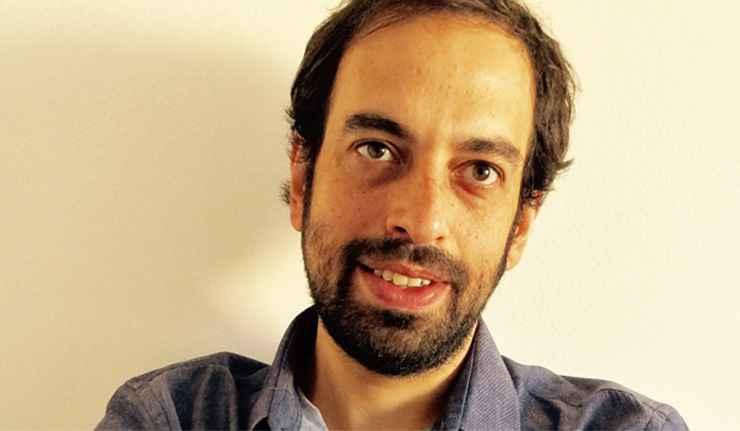 Jacques Fux, doutor em teoria literária, autor da obra