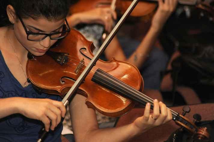 Apresentação de música na UFMG.