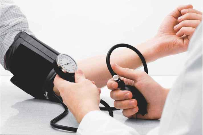 Mais de 1/3 dos brasileiros sofre de hipertensão