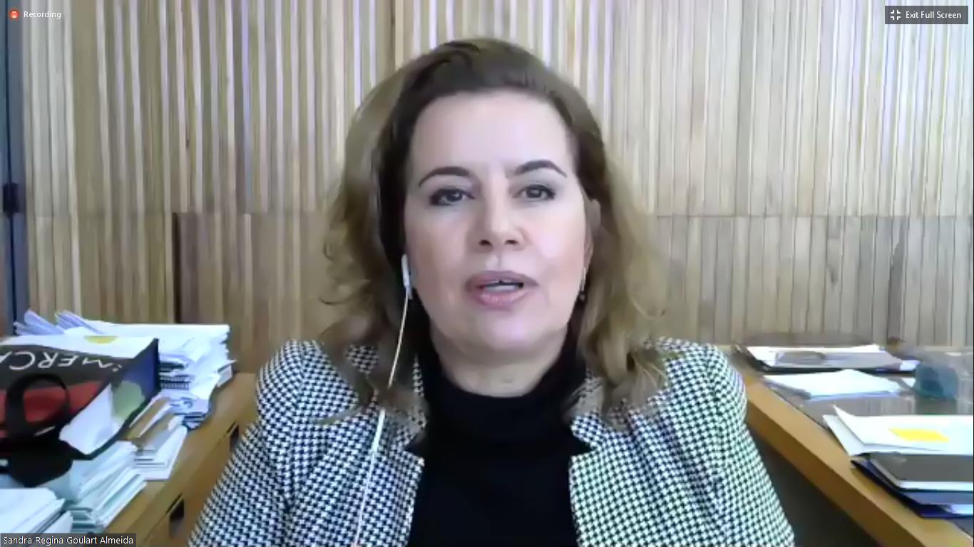 Sandra: