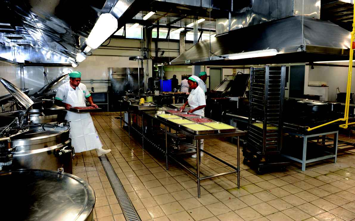 Cozinha do Setorial II: primeira grande reforma desde a construção do salão Ocre, em 1990
