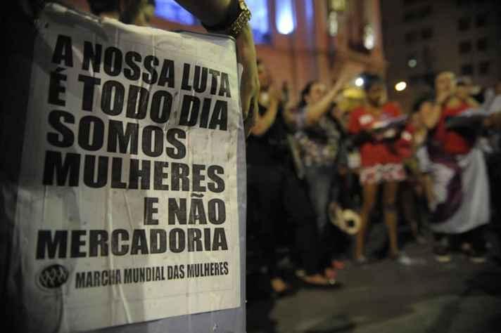Protesto realizado no Rio de Janeiro (RJ) em novembro de 2015, no Dia Internacional de Combate à Violência contra a Mulher