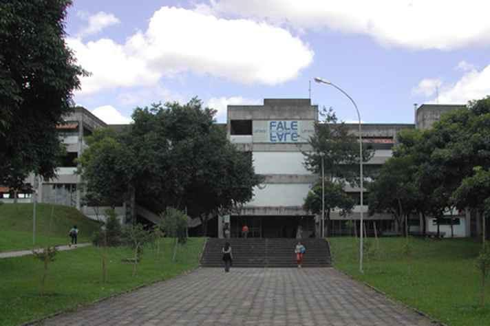 Faculdade de Letras, no Campus Pampulha