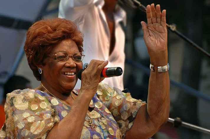 A sambista Dona Ivone Lara morre no Rio