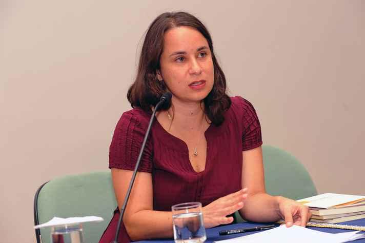 Ana Martins Marques: literatura tem o poder de tornar as pessoas mais abertas a outros modos de percepção