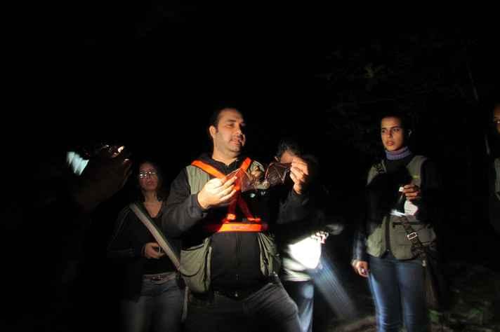 Atividade noturna oferece lazer e conhecimento científico
