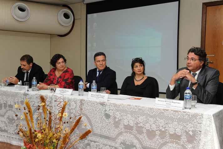 Marco Aurélio Crocco, Paula Miranda-Ribeiro, Jaime Ramírez, Mônica Viegas Andrade e Helvécio Magalhães compuseram a mesa de abertura