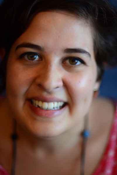 Escritora Laura Cohen falou à UFMG Educativa sobre o projeto
