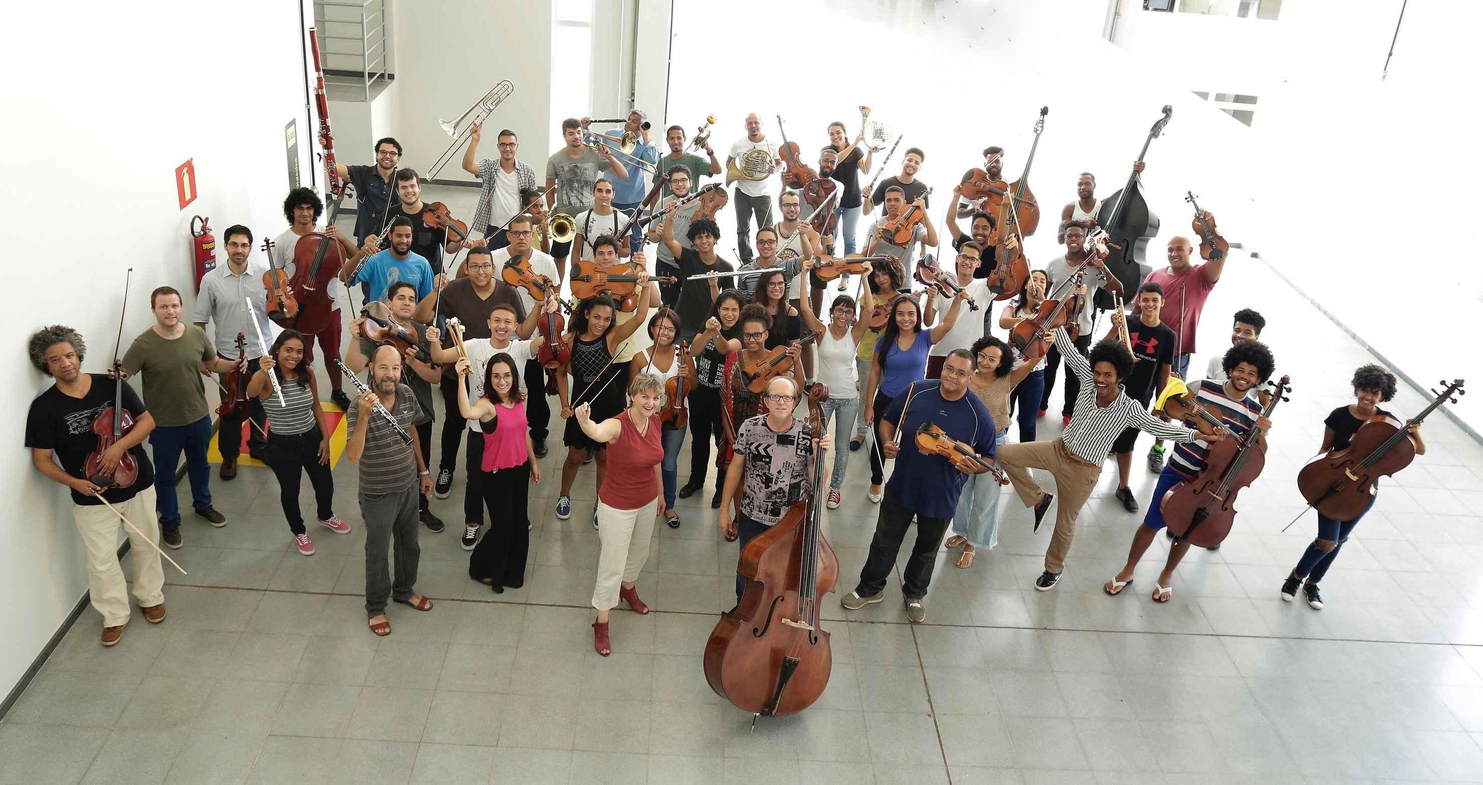 Participantes da Orquestra Sinfônica da UFMG