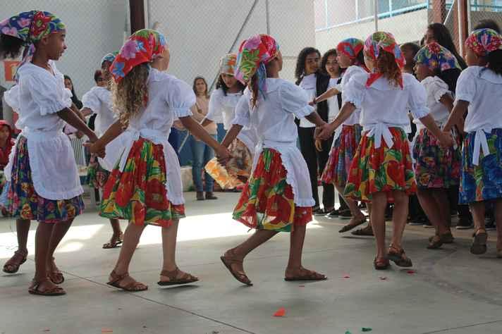 Atividade do Fórum Mulheres do Jequitinhonha, apoiado por Áurea Carolina