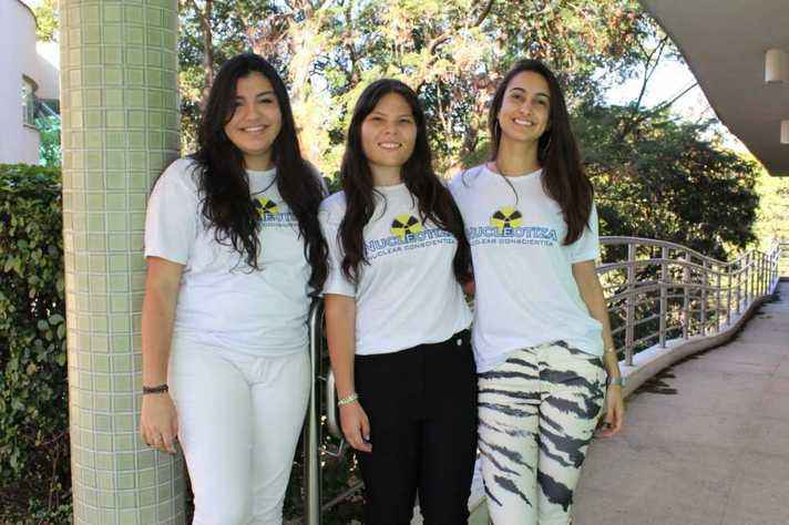 Bárbara, Laura e Natalia, do Nucleotiza