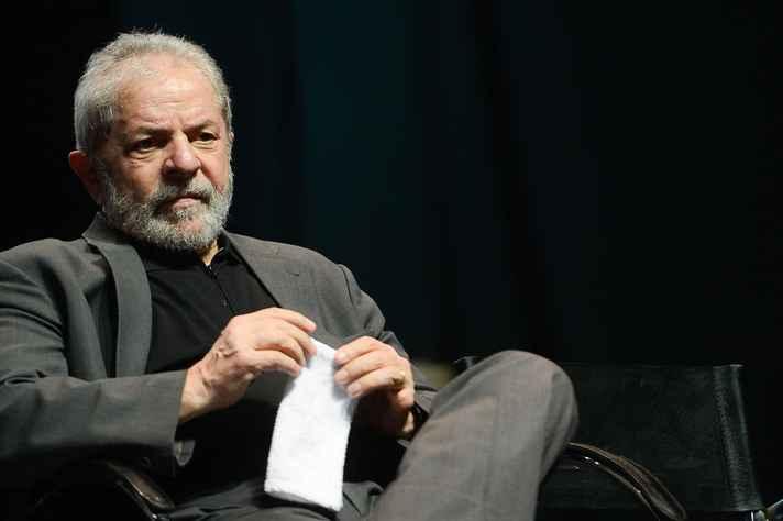 Colunista analisa quais são os impactos da prisão de Lula nas eleições de 2018