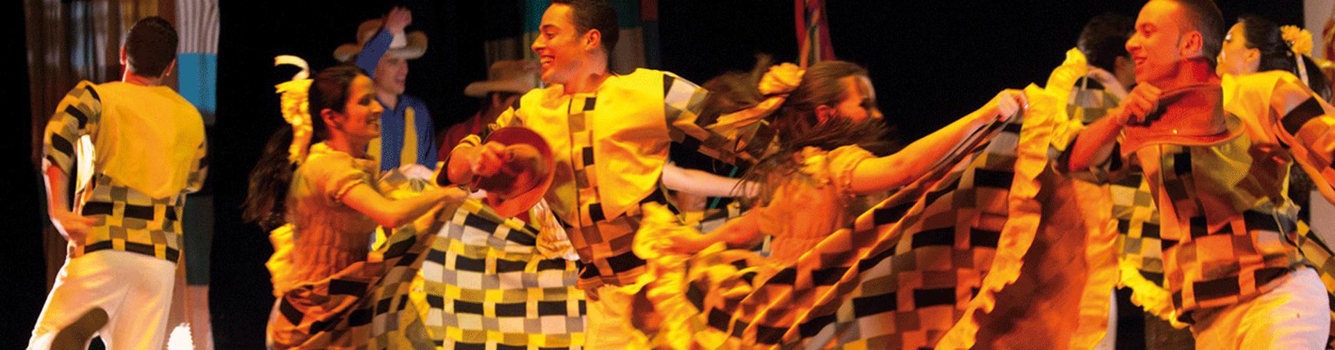 Espetáculo Gerais de Minas, do Grupo Sarandeiros, é uma das atrações culturais do evento