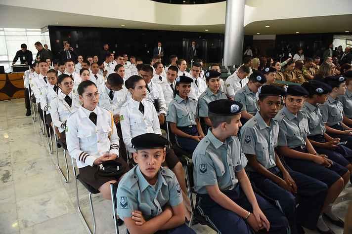 Cerimônia de lançamento do Programa Nacional das Escolas Cívico-Militares realizada em setembro