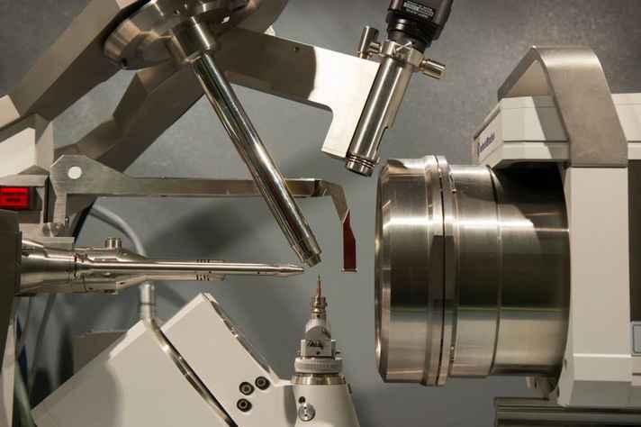 Detalhe de equipamento do Laboratório de Cristalografia, instalado no Departamento de Física da UFMG
