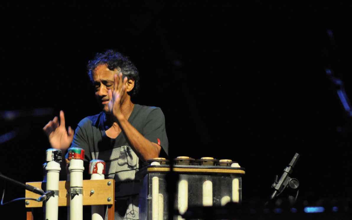 Paulo Santos, ex-Uakti, ministra oficina Objetos Sonoros e Composição