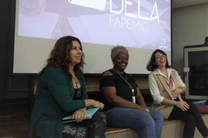 Em workshop na UFMG, a professora Adla Teixeira, da FaE (à esquerda), Luciana Silva, idealizadora da OncoTag, e Marcela Drummond, CEO da Myleus Facility