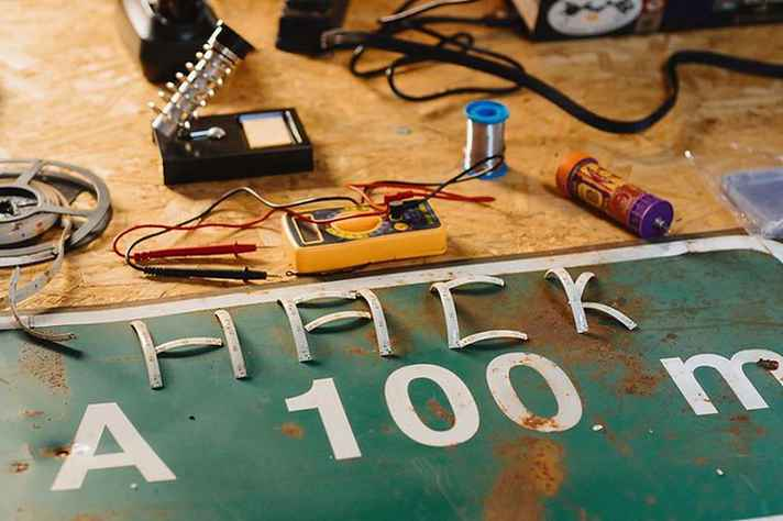 O projeto Favela Hacklab leva tecnologia e a cultura do